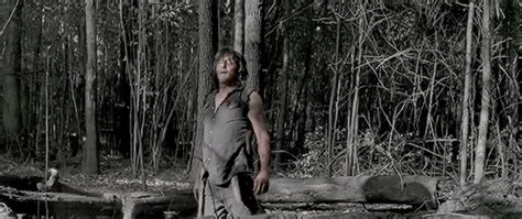 what happened to daryl spoilers twdseason6 trailer what happend to daryl