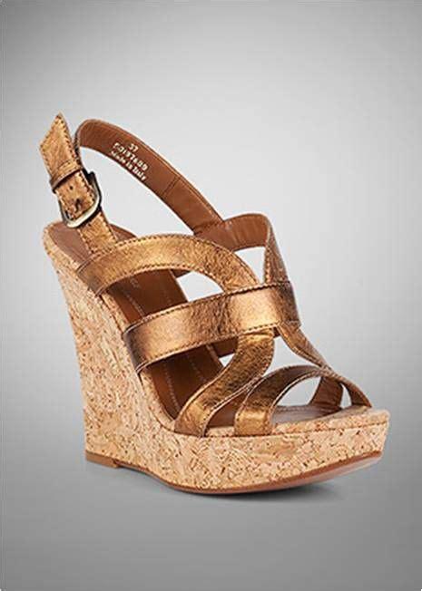 zapatos dorados burberry gold shoes http zapatosmarca net 2011 08 10 sandalias de