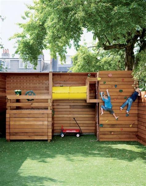 Kletterturm Fur Kleinen Garten kinderspielplatz garten kletterwand gestalten ideen