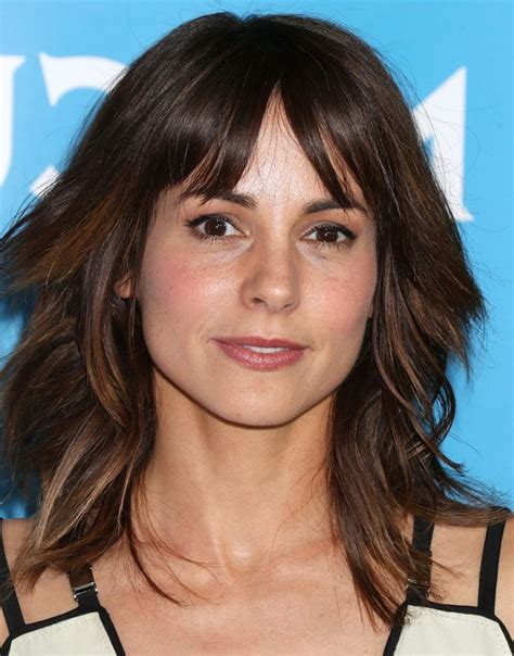 Medium Hairstyles With Bangs Layered by Szostak Medium Layered Hairstyle With