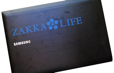 zakka life: craft experiment: laptop vinyls