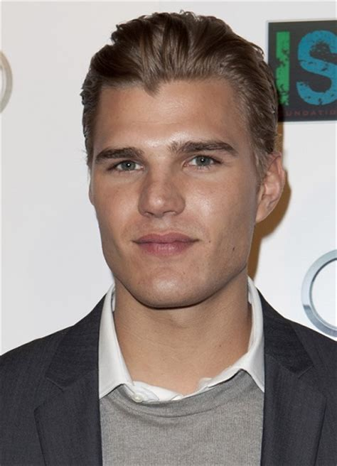 chris zylka ethnicity of celebs what nationality