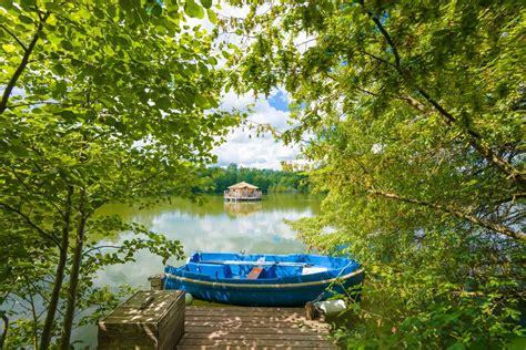 Cabanes Grands Lacs by Robinsons Aux Cabanes Des Grands Lacs