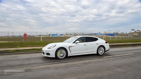 porsche panamera 2015 2015 porsche panamera 34 car hd wallpaper