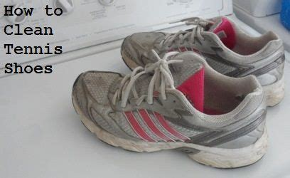 how to clean athletic shoes 25 best ideas about washing tennis shoes on