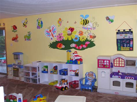 Home Daycare Decor by Decorating Ideas For Daycare Rooms Room Decorating Ideas