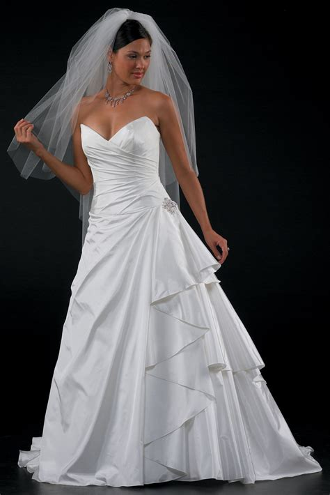 Discount Plus Size Wedding Dresses by Discount Wedding Dresses Color Attire
