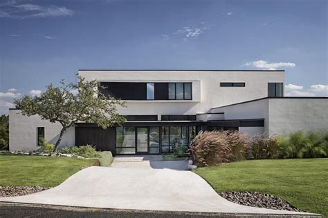 peak lookout residence by clark richardson architects lakeway residences clark richardson architects archdaily