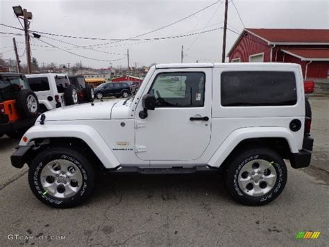 jeep sahara white bright white 2013 jeep wrangler sahara 4x4 exterior photo