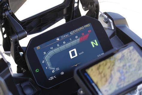 painel digital interativo bmw motorrad connectivity leva