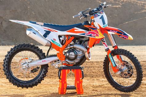 Ktm 450 Factory 2018 Ktm 450 Sx F Factory Edition Look 9 Fast Facts