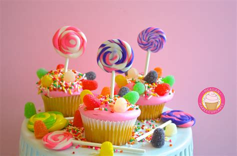 themes lollipop candyland cupcakes how to make candyland swirled