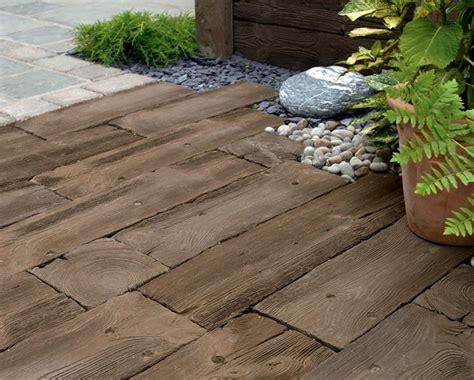 pavimento legno giardino pavimentazione giardino pavimento per esterni come
