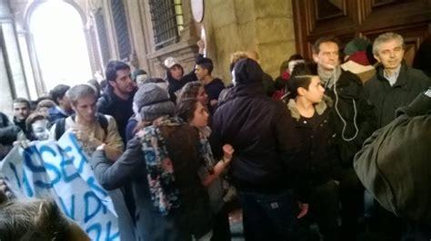 uffici tper bologna studenti in piazza nel mirino provincia e tper zic it