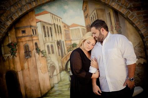 7 Cool Stuffers For Couples by How To Photograph A Curvy Family