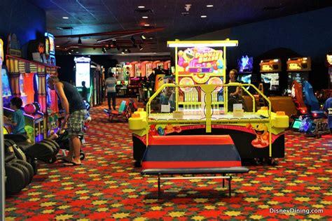 theme hotel free web arcade 7 amazing features at disney s pop century resort