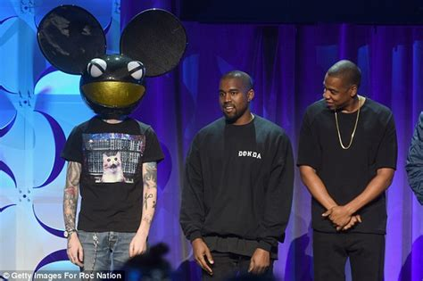 deadmau5 beef kanye west taunts deadmau5 on twitter after picture