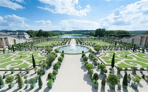 The Gardens Of Versailles by A Chaos At Versailles Telegraph