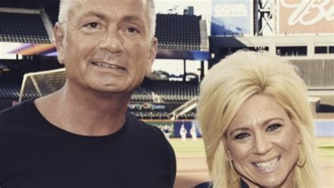 did larry caputo have plastic larry and teresa from long island medium headed for