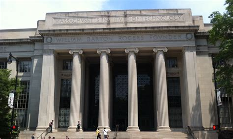 Mit Real Estate Mba by Mit The Mit Building With Mit Trendy District