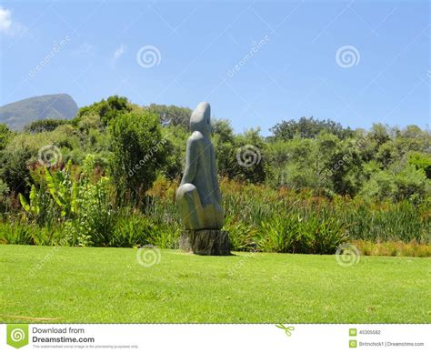 Steinskulpturen Garten by Botanischer Steinskulptur Garten Kirstenbosch Stockfoto Bild 45305582