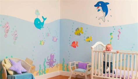 repisa en cuartos para bebes