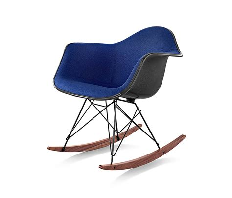 eames armchair fiberglass eames molded fiberglass armchair lounge chairs from