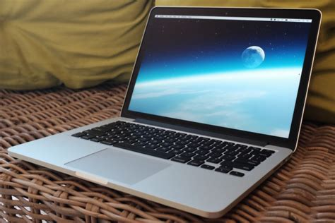 Laptop Apple Windows 10 yikes apple laptop revenue exceeds windows pcs