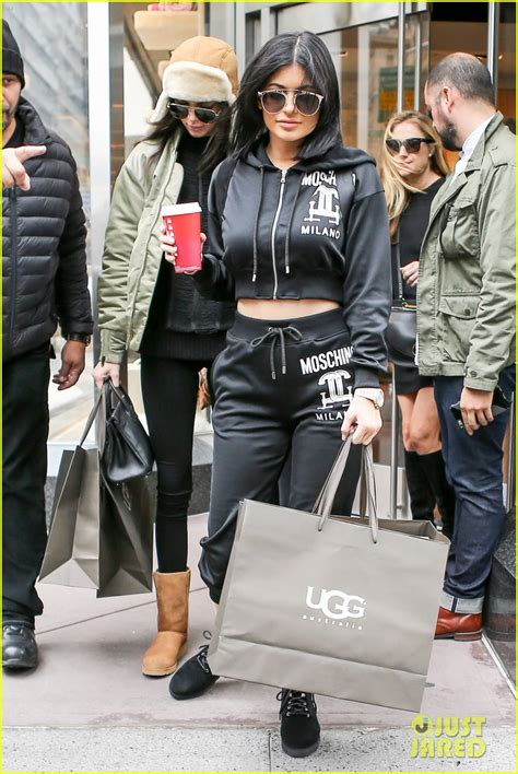 kendall jenner banned her kardashian sisters from kendall jenner reveals why her sisters didn t attend the