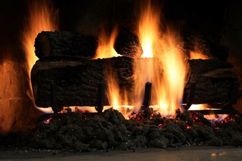 Artificial Fires For Fireplaces by Logs For Fireplace Neiltortorella