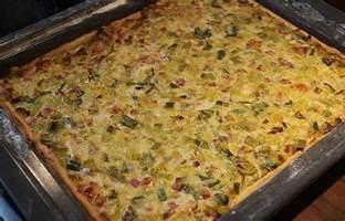 quiche kuchen quiche mit lauch und speck vom blech rezept mit bild