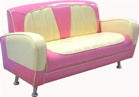 Pink Vintage Sofa by Pin By Pink Addiction On Pink Paradise