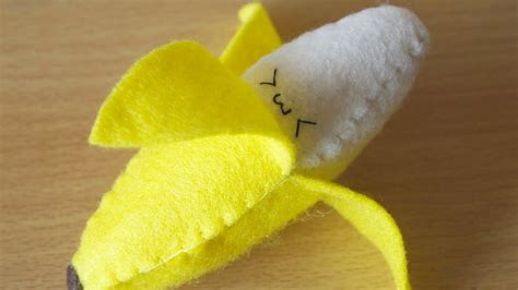 pattern felt banana how to make a kawaii banana plushie youtube