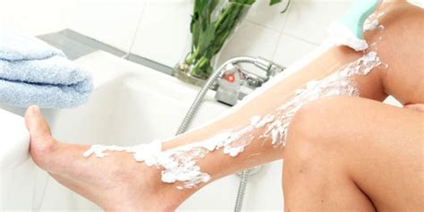 electric razor on thigh to prevent ingorwns 36 reasons why shaving your legs is actually the worst
