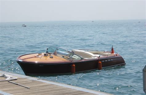 speedboot gardameer riva aquarama op het gardameer gardameer gardafriends