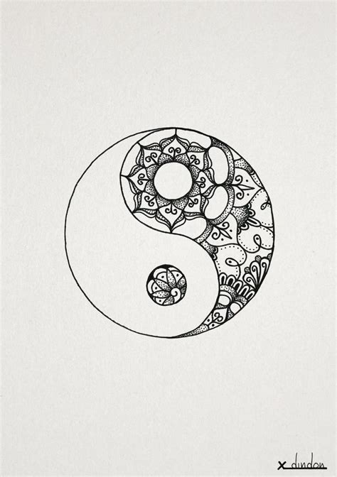 henna tattoo yin yang 74 best yin yang henna images on ideas