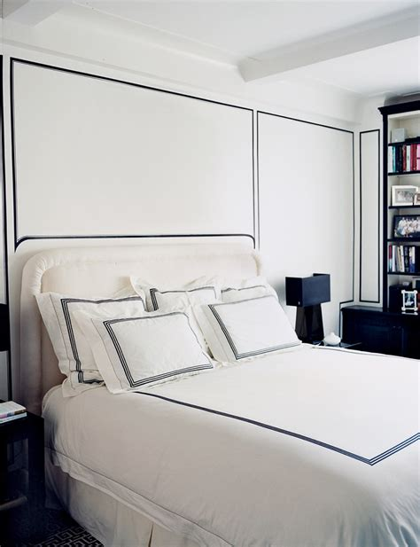 white bedding with black trim gold coast painter making black and white work for you in