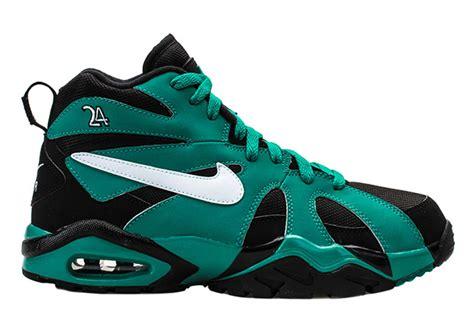 ken griffey jr shoes ken griffey s original nike air fury colorway is