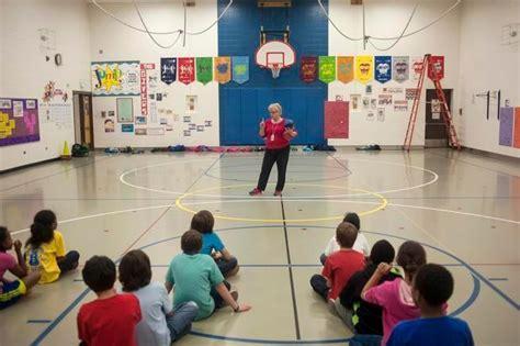 retiring teller elementary pe leaves a better recess the denver post