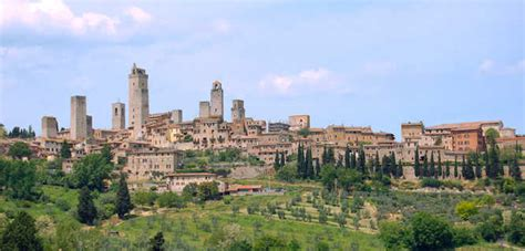 rick steves snapshot hill towns of central italy including siena assisi books tuscan hill towns travel guide resources trip planning