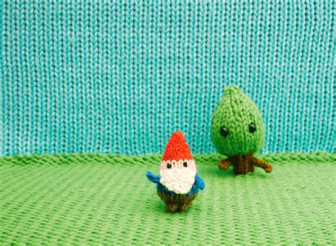 knitting gif stop motion wind gif by mochimochiland find on giphy