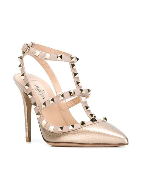 Kaos Valentino Shoes Bw valentino rockstud metallic leather pumps in gold metallic lyst