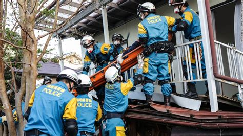 Search In Japan Japan Earthquakes Racing To Find Survivors Cnn