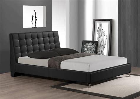 Bedroom Sets For Sale Milwaukee Extravagant Leather Platform And Headboard Bed Milwaukee