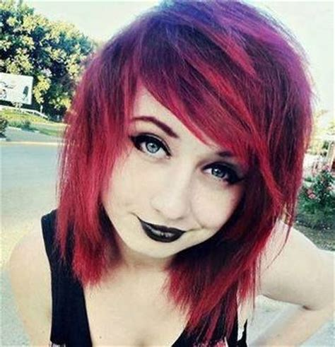 short emo hairstyle for girls (11) hairzstyle.com