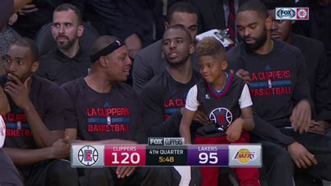 chris paul bench press chris paul s son was on the bench while the clippers blew