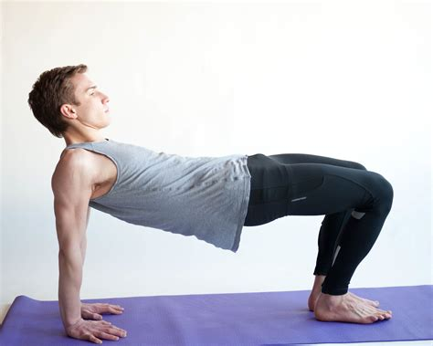 how to do the table pose in 4 steps with pictures