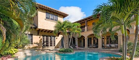 Luxury Homes In Naples Fl Aqualane Shores Real Estate Luxury Homes For Sale