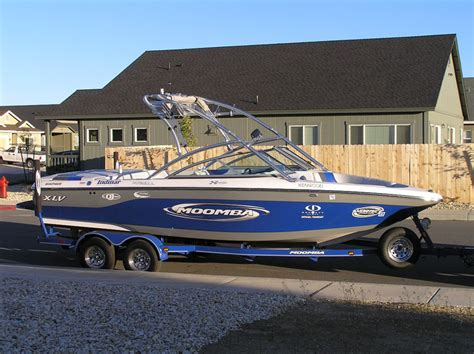 wakeboard boat with bathroom who here pulls a wakeboard boat page 2 nissan titan forum