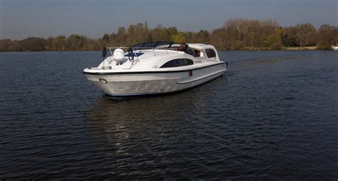fishing boat hire broads fair chancellor boating holiday norfolk broads direct